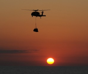 sea-hawk-helicopter-1245255_1280